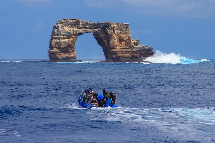 Galapagos_Aqua_Darwin